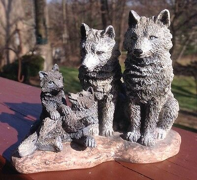 """Wolf Family Figurine """"Family Spirit"""" Spirit Of The Wild Collection By Papel"""