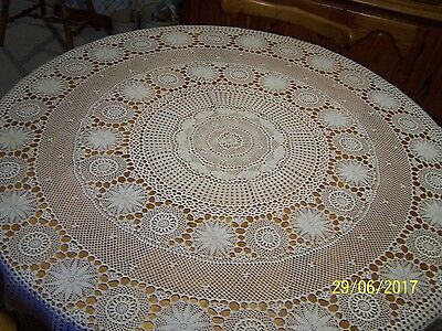 "Vintage Round Hand Crocheted Ecru Table Cloth 52"" Nice"