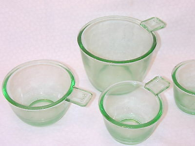 Green Glass Measuring cup set of 4 Retro depression