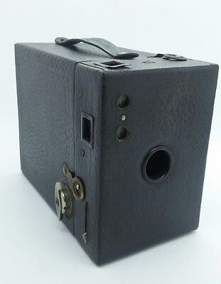 Vintage Kodak no.2 Cartridge Hawk-Eye Model B Box Camera w/used 120 film