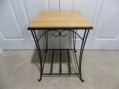 LONGABERGER  Wrought Iron ( SIDE/END TABLE)  Classic Stain Top EUC