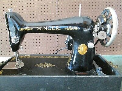 Antique 1928 Singer 99 Sewing Machine Heavy Duty for Canvas Leather with Case