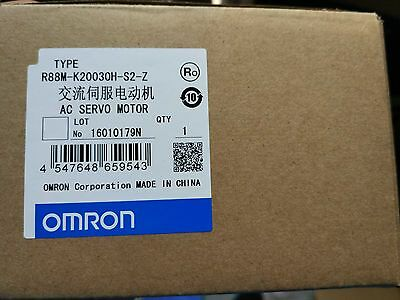 1PC NEW OMRON servo motor R88M-K20030H-S2-Z good in condition for industry use