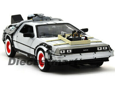 Welly 1:24 Delorean Time Machine Back To The Future Part 3 Diecast Model Silver