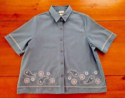 BonWorth Blue Button Down Shirt Top Blouse Size L Short Sleeve Floral Embroidery
