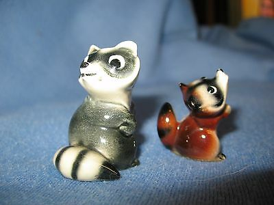 Hagen Renaker mini raccoon blk mom, red baby, A-163 and A-164, NR Free Shipping