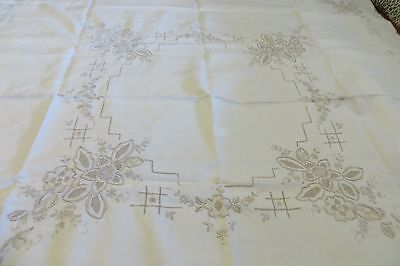 VINTAGE ~ Cream/Bone Embroidery Linen ~ TABLE CLOTH ~ PARIS/COUNTRY CHIC ~ SALE