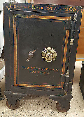 Antique 1890's Syracuse Floor Safe RJ Spencer Balto MD Newark Shoe Store &Co yqz