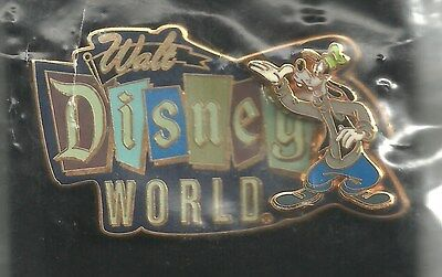 Disney pin Goofy - Walt Disney World Retro Logo