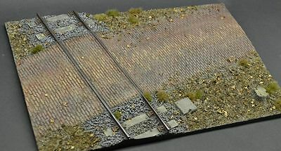DioDump DD110-A Railroad crossing (large) 1:35 scale resin military diorama base