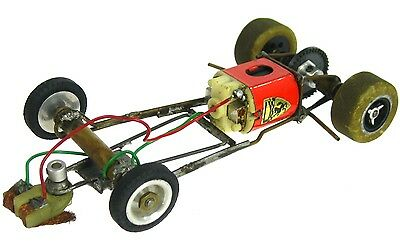 Vintage 1960's Brass Tube 1/24 Slot Car Running Chassis w/Classic Motor