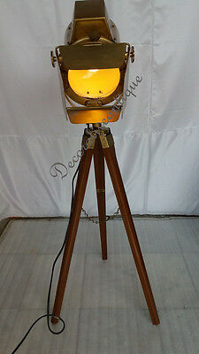 Nautical Antique Look Searchlight W Tripod Stand Spot Light Studio Table Lamp