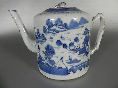 19th Century Chinese Export Canton Blue and White Teapot