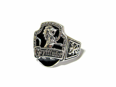Harry Potter Ornate Gryffindor House Crest Ring Courage Bravery Nerve Chivalry