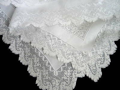 Antique White Linen & Filet Lace Tablecloth Runner 39 x 27