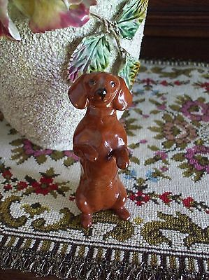 Vintage Dachshund Dog Figurine Sitting Up Begging Doxie Wiener Beswick England