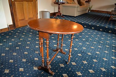 Edwardian Oval Mahogany Drop Leaf Sutherland Table