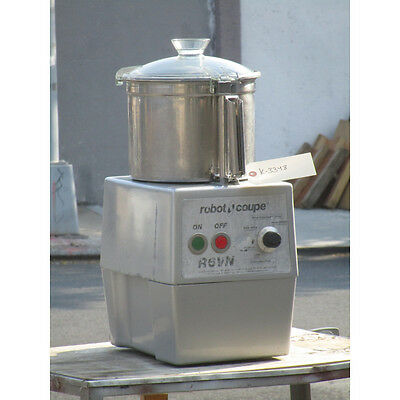 Robot Coupe Model R6VN Variable Speed Food Processor, Excellent Condition
