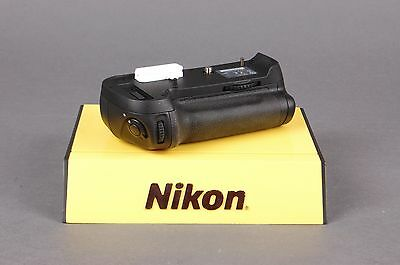 Nikon MB-D12 Battery Grip for Nikon D800 D810 DSLR with AA Tray and EN-EL15 Tray