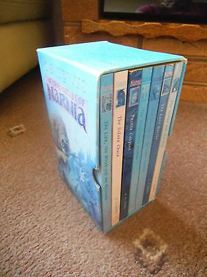 THE CHRONICLES OF NARNIA 7 x PB Book C.S. LEWIS  BOXED SET