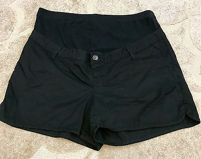 Old Navy Maternity size Large, Full panel waist, Stretch black shorts