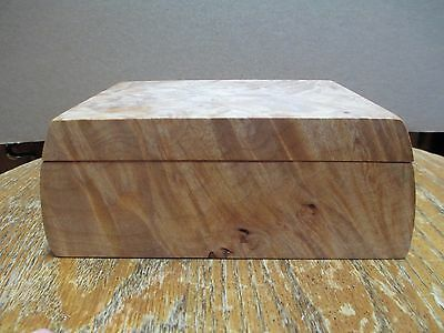 Michael Elkan Beautiful Hand Crafted Burlwood Wood Box