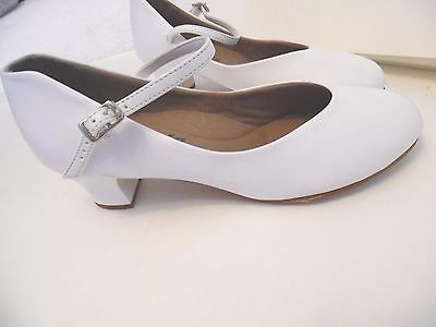 Capezio Mary Jane The Dance Maker Women's White Size 8 M Shoes
