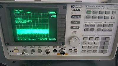 HP 8561E Spectrum Analyzer 30 Hz to 6.5 GHz for Repair or Parts