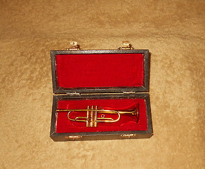 Vintage Miniature Brass Trumpet w/Case Box    Three Crowns of New Castle     OLD