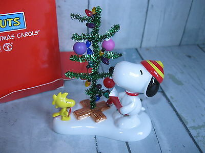 "PEANUTS Snoopy Woodstock Figurine ""Singing Christmas Carols"" Department 56 New"