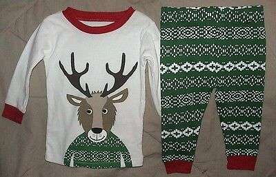 Carters 2 Piece Sleepwear Set With Reindeer-Green*white & Red-Size 6 Months-Nwt