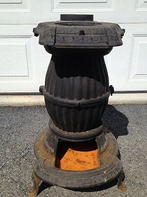 ANTIQUE CAST IRON POT BELLY STOVE Made By Raymond & Campbell