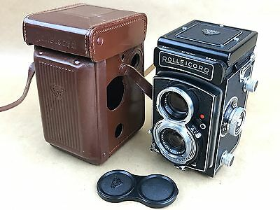 Rollei Rolleicord Vb vintage 6x6 TLR camera, w/ 75mm f/3.5 Xenar Lens-GORGEOUS !