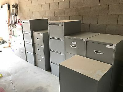 Metal Filing Cabinet - Heavy Duty - 3 drawer