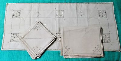 Antique Italian Linen Centerpiece 8 Place Mats 8 Napkins Embroidery Never Used
