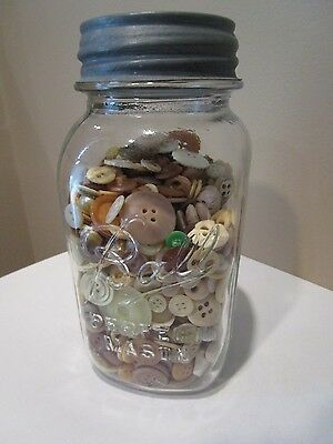 VINTAGE BALL PERFECT MASON JAR FILLED WITH BUTTONS Vintage Button Lot