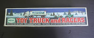 Hess Toy Truck and Racers 1997 New in Box Ramp