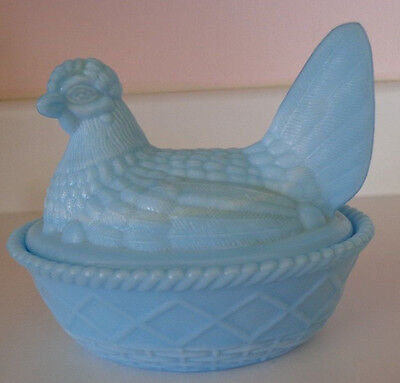 Westmoreland Slag Blue Glass Nesting Hen Marked on Bottom