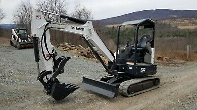 Bobcat T300 Track Skid Steer Gold Package Loaded Low Hours Ready To Work In Pa!
