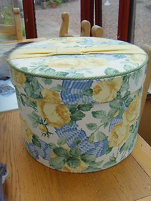 Shabby Chic ,country Sanderson Linen Covered Large  Hat Box Roses And Ribbons