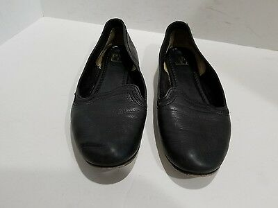 Frye womens black leather loafers size 8.5 B