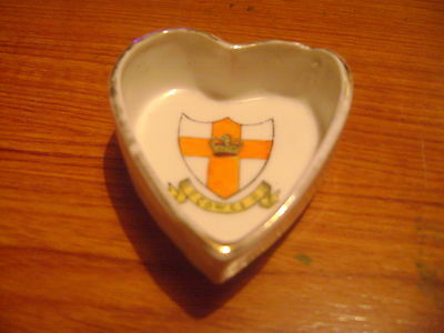 China Trinket Dish With Cowes Isle Of Wight Crest and is Unmarked