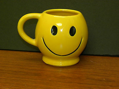 VIntage 1970's_McCoy Pottery_Yellow Happy Smiley Face Coffee Mug Cup_Made In USA