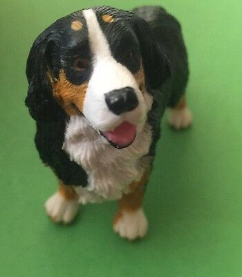 Bernese Mountain Dog Toy Figurine Plastic Not schleich