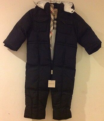 Burberry boys/girls black down winter snowsuit size 3T years