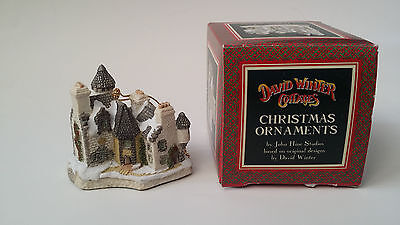 David Winter Cottages Christmas Ornament w/ Box CHRISTMAS IN SCOTLAND & HOGMANAY