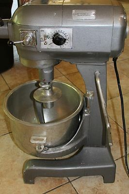 Hobart A200T 20 Quart Mixer with Timer, Good Condition