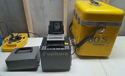 Fujikura FSM-30S Fusion Splicer with case tested only 6995 arcs...