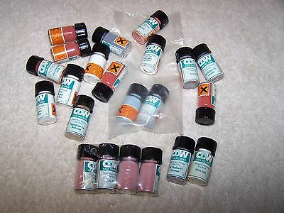 Vintage China Doll  Paint Powder Glass 22 Vials From Classic Doll World  Lot#4