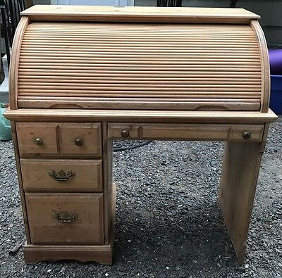 Vintage Antique Roll Top Desk Very Good Condition 42 x 41 x 20